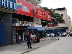 Das Schild sagt: Mit Ch�vez regiert das Volk